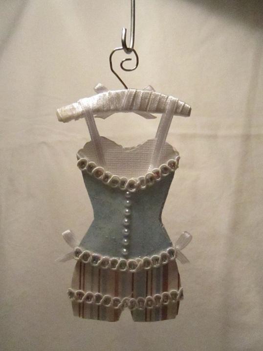 Gaderob och mina klänningar 010