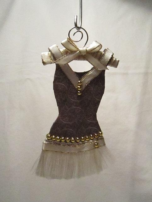 Gaderob och mina klänningar 015