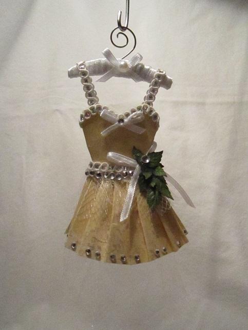 Gaderob och mina klänningar 017