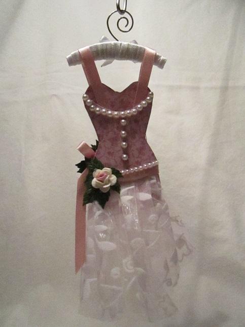 Gaderob och mina klänningar 022