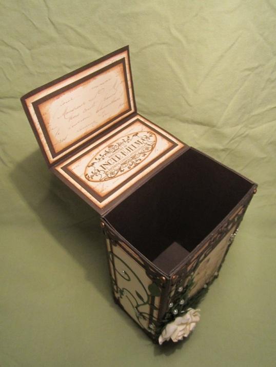 Tove sin födelsedags box 005